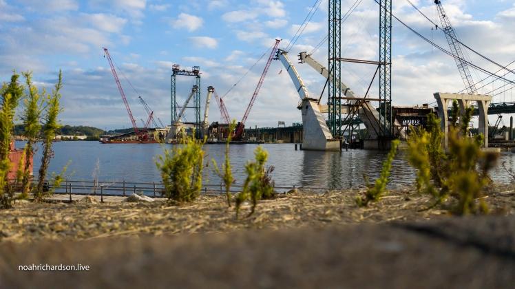 noah richardson drone photographer videographer quad cities i74 bridges